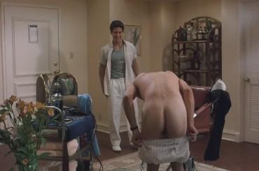 Johnny Depp nudo e di culo in Posizioni promettenti  – foto