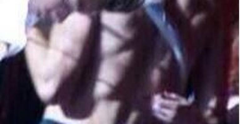 Liam Payne con il TANGA sotto i jeans