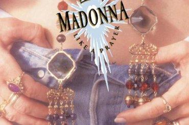 Like a Prayer compie 31 anni – omaggio al 4° disco di Madonna