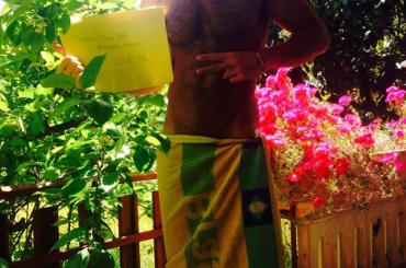 Valerio Pino come Barbara d'Urso – baci ai 'fan' brasiliani