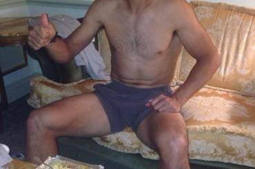 Rafael Nadal e la cena mezzo nudo in albergo
