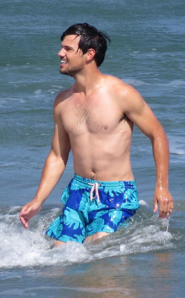 Taylor Lautner sesso gay