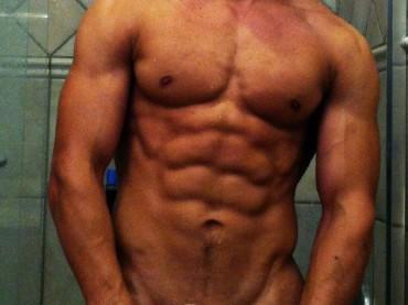 Michael Hoffman – il  bodybuilder webstar versione sextape porno: video V.M. 18 anni