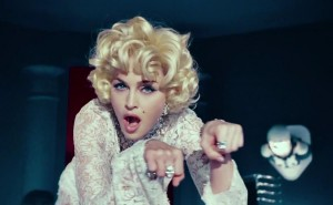 madonna-give-me-all-your-luvin-video-cap-0148