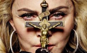Madonna su Interview magazine - le foto prima e dopo photoshop