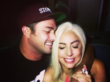 Lady Gaga sposa Taylor Kinney?