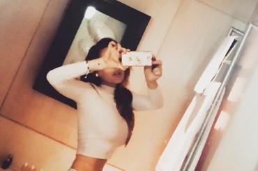 Lindsay Lohan e il selfie giusto un pelo photoshoppato