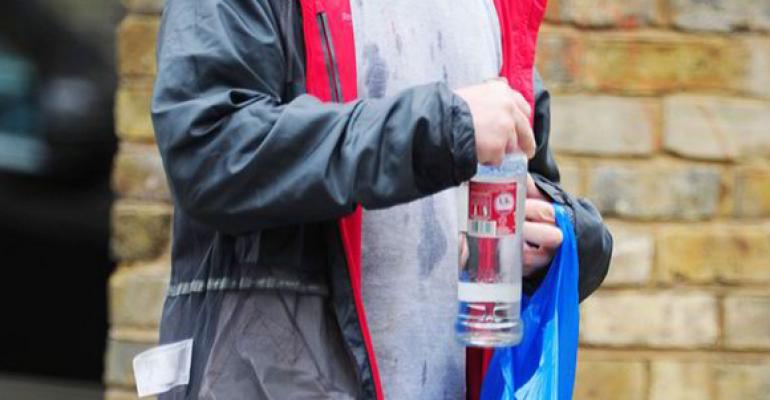 Jonathan Rhys Meyers chiede scusa per le foto da barbone ubriaco che hanno scioccato i fan