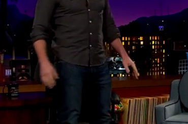 Chris Pratt in tacchi a spillo da James Corden – video