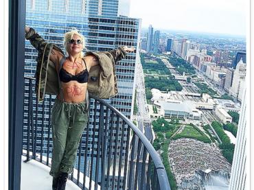Lady Gaga fail, scambia il  Chicago Mariachi e Folklórico Festival per il Pride