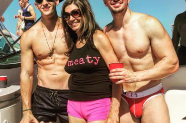 Steve Grand schioppa di pacco su Instagram
