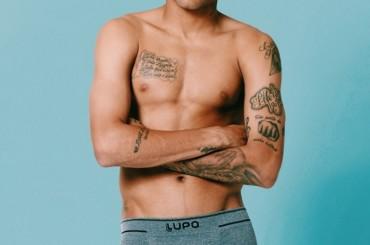 Neymar di nuono in mutande per la LUPO