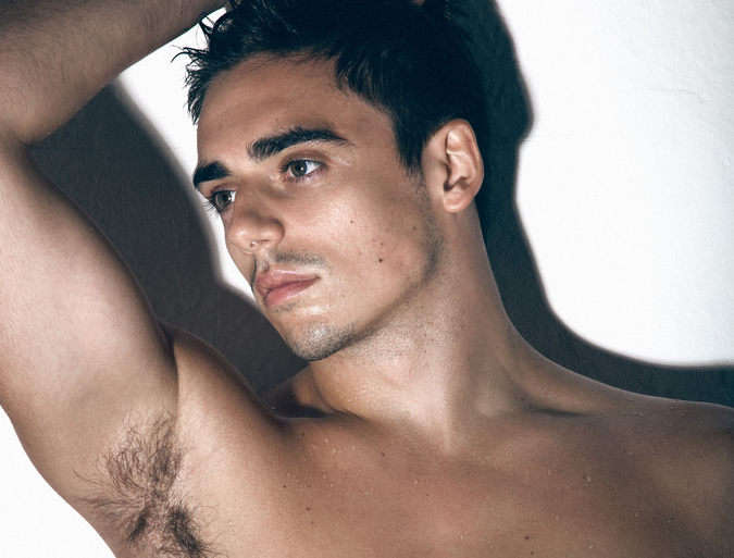 Chris Mears gnocco su Gay Times, tutte le foto - Spetteguless