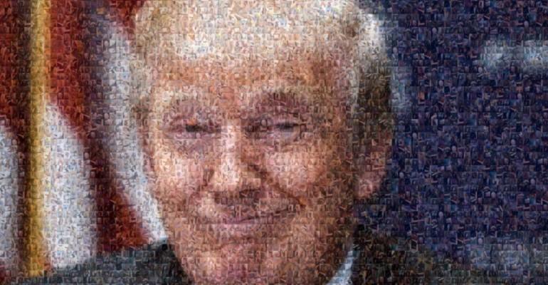 Donald Trump faccia da cazzo (500, per la precisione) – foto