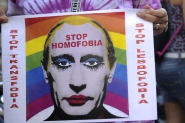 Vladimir Putin, 'è mio dovere che in Russia il matrimonio LGBT resti illegale'