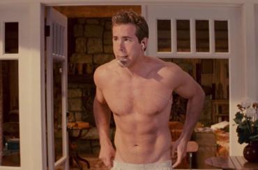 Deadpool, Ryan Reynolds parla della scena di nudo totale (che esiste)