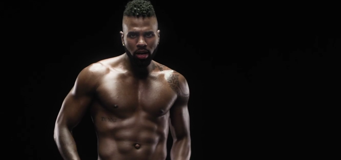 See Jason Derulo - Naked - in new music video