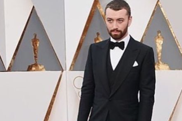 "#Oscar2016, Sam Smith live con ""Writing's On The Wall"" – video"