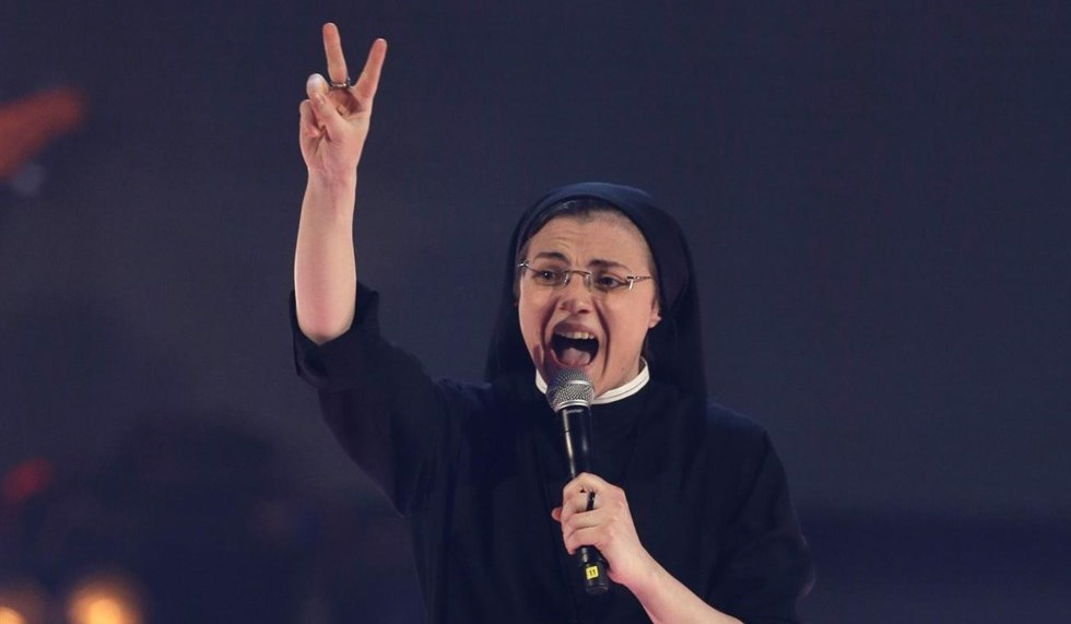 suor-cristina-the-voice-2-finale_980x571