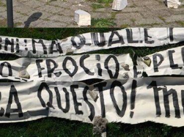 Pasolini, indegno striscione omofobo ad Ostia: 'frocio e pedofilo, ma quale poeta'