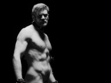 Seven Ages of Man, Colby Keller protagonista di un corto shakespeariano firmato Grindr – video