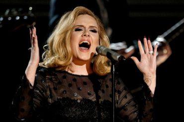 Adele conferma: 'tour finito, non so se tornerò a farne altri'