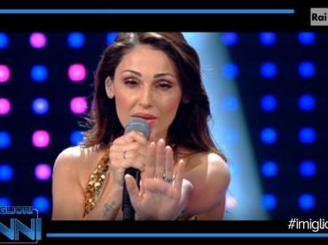 I Migliori Anni, Anna Tatangelo omaggia Donna Summer – il video medley