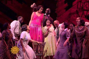 Prince, il tributo del cast de Il Colore Viola con Jennifer Hudson sulle note di Purple Rain – video
