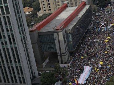 San Paolo, 2 milioni di partecipanti per il Pride più grande del mondo
