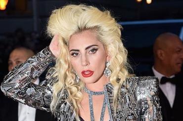Dionne, mistero Lady Gaga – i produttori annunciano e lei smentisce la sua partecipazione