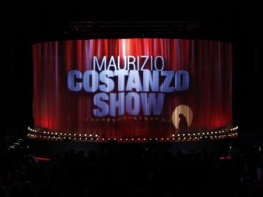 Maurizio Costanzo Show, è telerissa tra omofobi e persone dotate di cervello