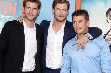 Chris Hemsworth in costume con suo PADRE – la foto