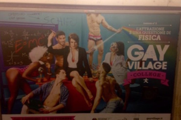 Gay Village, la risposta agli omofobi sul cartellone della metro Ottaviano – foto