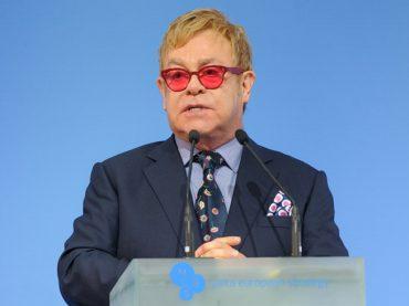 """Elton John, """"George Michael era troppo testardo per chiedere aiuto sulla tossicodipendenza"""""""