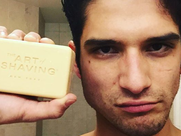 Tyler Posey in mutande su Snapchat – le gif