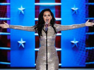 Katy Perry canta RISE per Hillary Clinton – video