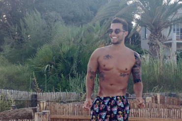 Marco Carta, ultimo costume estivo 2016 su Instagram – foto