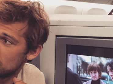 Alex Pettyfer continua a provocare su Instagram