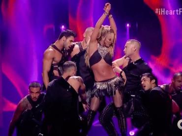 iHeartRadio Music Festival 2016, ecco l'intera esibizione di Britney Spears – video