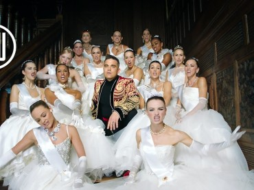 Party Like A Russian di Robbie Williams, il video ufficiale