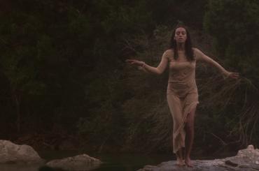 CRANES IN THE SKY e DON'T TOUCH MY HAIR, doppio video inedito per Solange Knowles