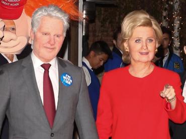 Halloween Vip 2016, Katy Perry e Orlando Bloom vincono tutto: sono Hillary e Bill Clinton