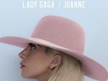 Joanne di Lady Gaga, 199.000 copie all'esordio americano – in Italia battuta da Benji e Fede