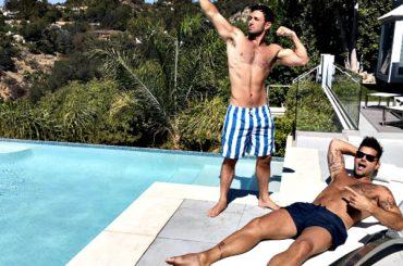 Ricky Martin sposa Jwan Yosef, il romantico annuncio da Ellen – video