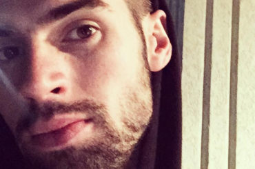 Chad White nudo in doccia su Instagram – foto