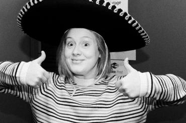 Adele, tour del 2016 finito – la celebrazione social
