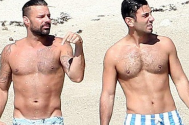 Ricky Martin e Jwan Yosef, bombe sexy in costume – gallery