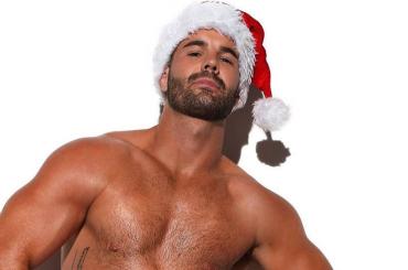 Simon Dunn, il primo bobbista gay d'Australia è un super BABBO NATALE – foto