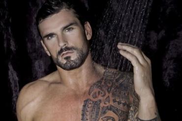 Il rugbista  Stuart Reardon tutto nudo per Gay Times – foto