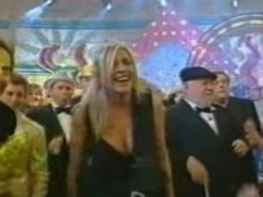 Capodanno 2017, 14 anni fa la storica diretta con Mara Venier 'ubriaca' – video